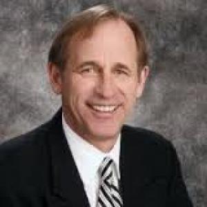 Earl Schmidt