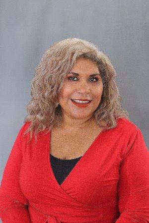 Lorena Cisneros